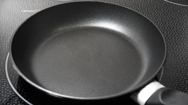 Teflon cookware safety