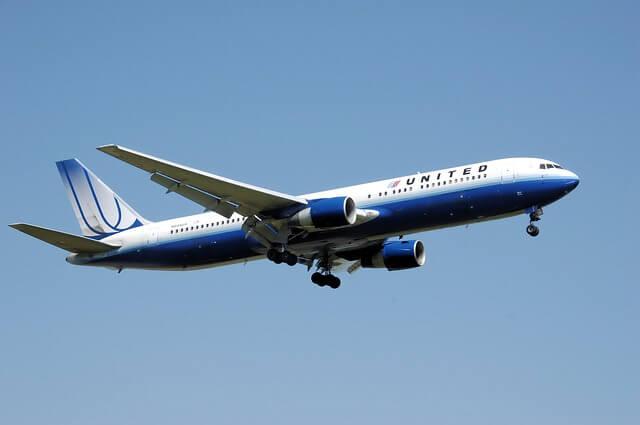 Eco-friendly airplane